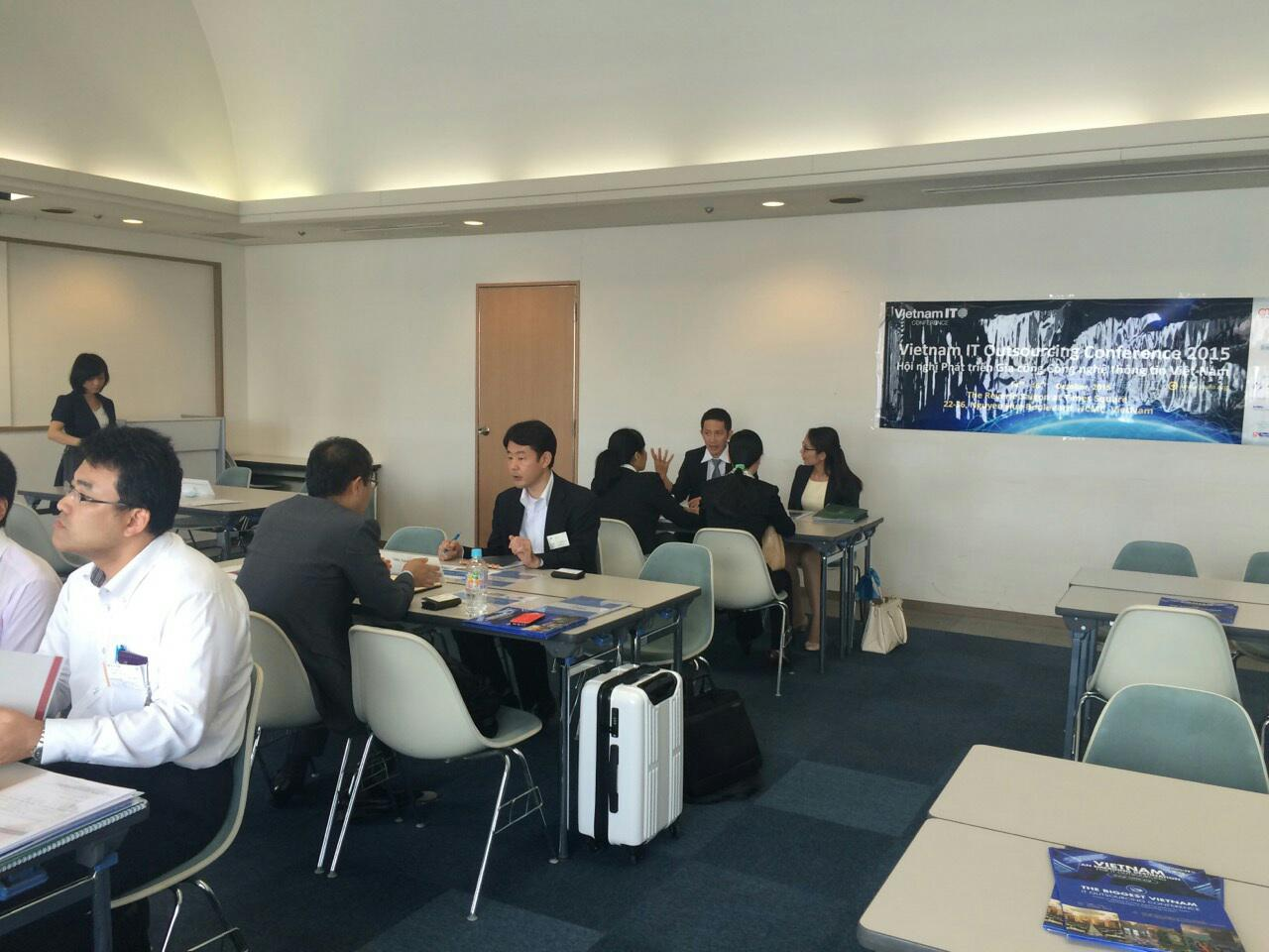 VNITO 2015 business matching session in Osaka